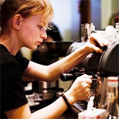 бариста - специалист по приготовлению кофе
