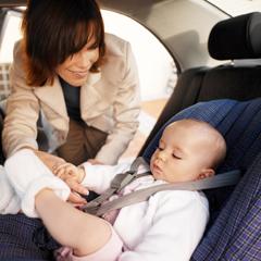 безопасность с детским автокреслом