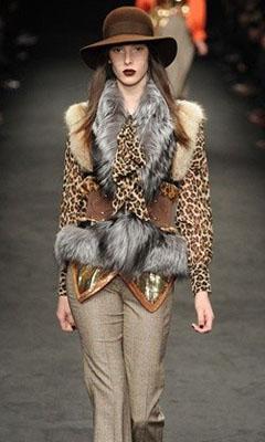 модная одежда из меха 2011-2012