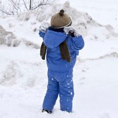 как правильно одевать ребенка на прогулку