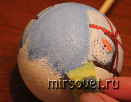 новогодний декупаж елочного шарика мастер класс фото 7