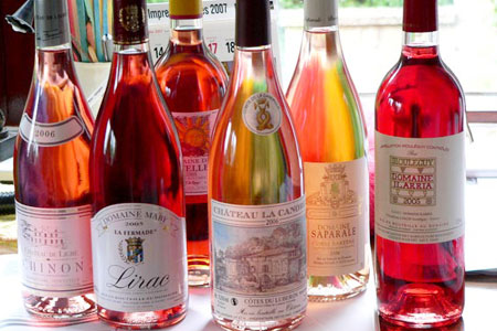 розовое вино в бутылках