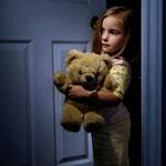Страх темноты у ребенка: что делать