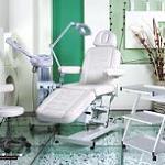 Реорганизация парикмахерской: расширение услуг, поиск медтехники и медицинского оборудования
