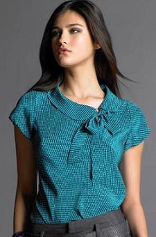 праздничная женская блузка