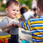 Что делать, если с ребенком никто не играет