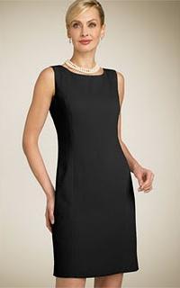 маленькое черное платье в стиле 90-х годов