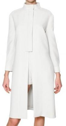 белое весенне пальто