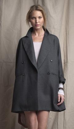 весенне пальто простого кроя