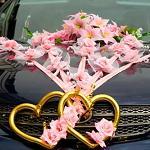 Каким образом украсить машину на свадьбу