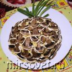 Новогодний салат Ананас: пошаговый рецепт с фото