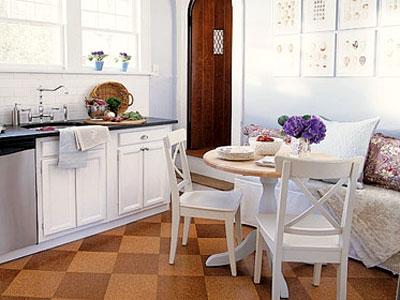 обеденная зона на небольшой кухне