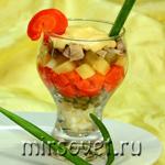 Салат Оливье с курицей и соусом айоли: рецепт с фото