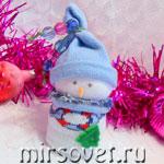 Как сделать снеговика своими руками из детских носков: мастер-класс с фото
