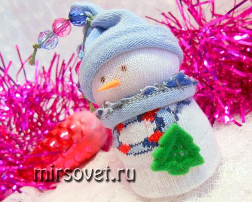 новогодний снеговик своими руками
