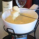 Рецепты сырного фондю и секреты его приготовления