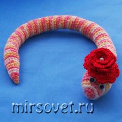 игрушка змея крючком