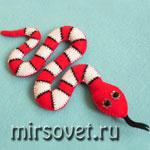 Как сшить мягкую новогоднюю игрушку Змею из фетра: мастер-класс с фото
