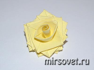 роза для пасхальной открытки