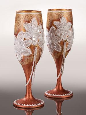 украшенные свадебные бокалы
