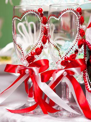 Бокалы свадебные своими руками красные