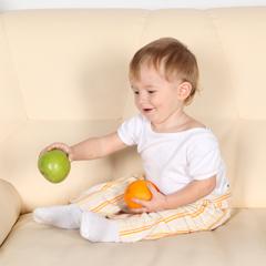 научить ребенка садиться