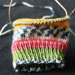 вязание шапки спицами