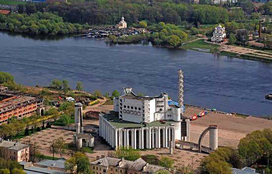 академический театр драмы в Великом Новгороде