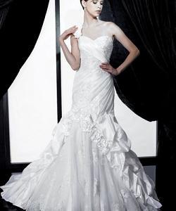 свадбеное платье с зауженной юбкой
