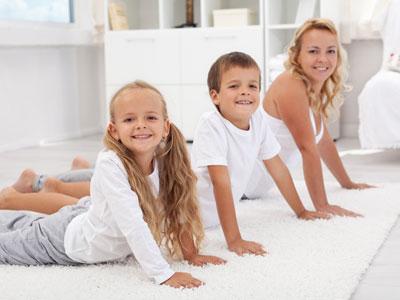 утренняя зарядка всей семьей